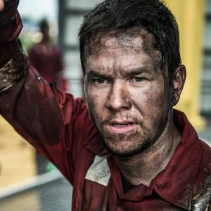 Mark Wahlberg Hopes 'Deepwater Horizon' Film Honors Victims