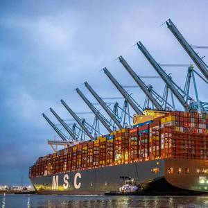 Video: New Container Moves World Record Set in Port of LA