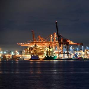 Cryopeak Inks Deal with Island Tug & Barge for LNG Bunkering