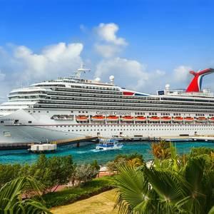 Saudis Cruise to Quick Paper Profit