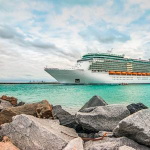 US CDC Asks Travelers at High Risk of Severe COVID-19 to Avoid Cruises