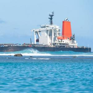 MOL to Spend $9.4 Mln on Mauritius Oil Spill Clean-up