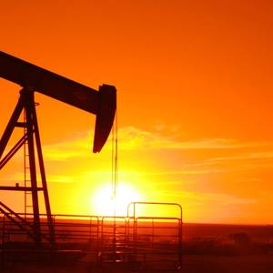 Middle East Risks Keep Oil Prices High