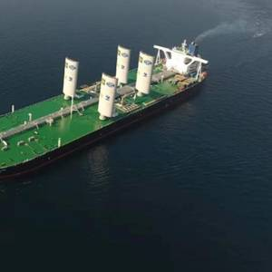 China Merchants Orders VLCC with Sails
