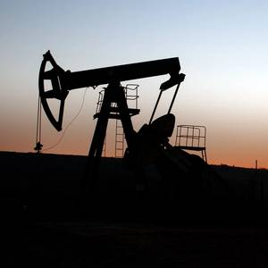 US Shale Oil Producers Cannot Shake Impulse to Keep Pumping