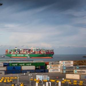 APM Terminals to Divest Zeebrugge Stake