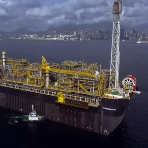 Video: FPSO Travels from China to Brazil