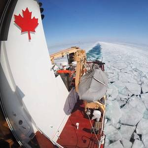 Great Lakes-St. Lawrence Shipping: We need Icebreakers
