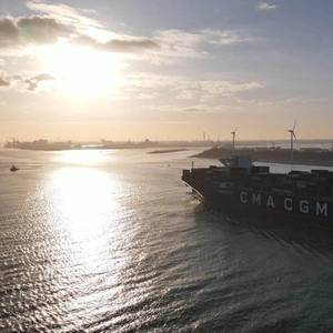 CMA CGM Orders 22 New Vessels from CSSC