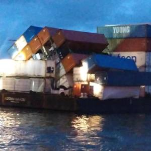 Containers Lost from Barge Near Hawaii