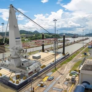 Damen Building 75-meter Crane Barge