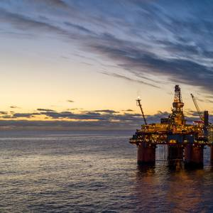 Norway Deciding Whether to Cut Oil Output