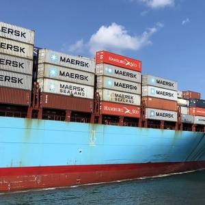 Maersk to Spend $2 Bln to Meet 2020 Sulphur Cap