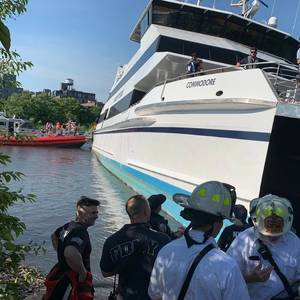 Ferry Runs Aground in New York