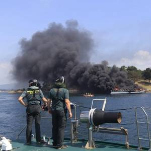 Fire Engulfs Tourist Boat in Northwest Spain