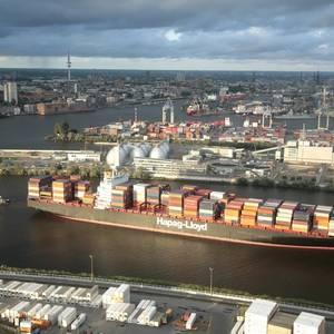 Hapag-Lloyd Ups Profits, But Warns of Risks