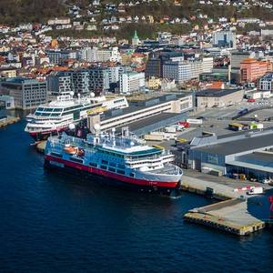 Hurtigruten Aims to Resume Operations from Mid-June