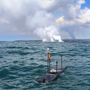 Ocean Robots Gather Live Data from Volcano Lava Flow