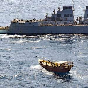 US Navy Seizes Weapons from Dhows off Somalia