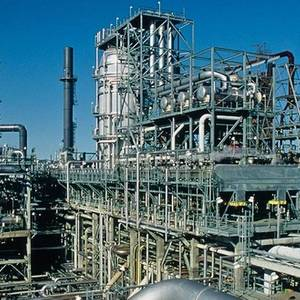 Lyondell's Houston Refinery Draws Bids from Aramco, Valero, Sunco