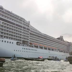 First Post-COVID Cruise Ship Leaves Venice Amid Protest