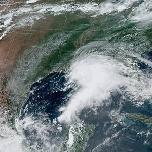 Early-season Gulf of Mexico Storm Trims Some US Oil Production