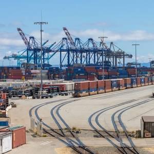Ports Pushing to Ease Holiday Bottleneck, Biden Says