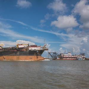 Historic Dredging Unlocks the  Might of the Mississippi