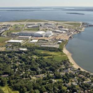 Rhode Island Backs Electric Boat Expansion