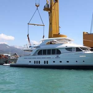 Hybrid Yacht Propelled by SCHOTTEL