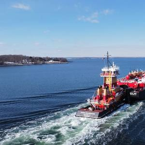 Senesco Delivers New Tug for Reinauer
