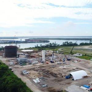 USCG Approves JAX LNG for Ship-to-ship Bunkering