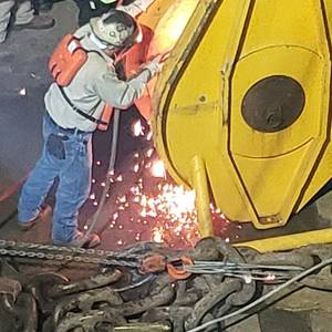 Golden Ray Salvage: Cutting Operations Resume