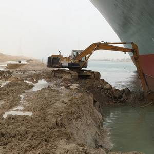 Ship Blocking Suez Canal Could Be Stuck for Weeks