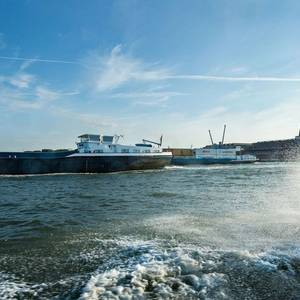 Rotterdam Port Trials New App on Berths