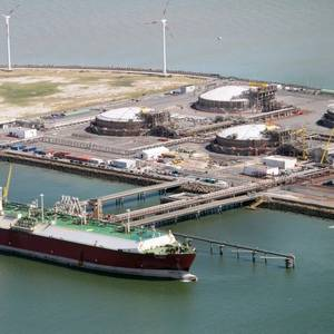 Qatar Eyes LNG Top Spot