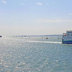 UK to Promote Hybrid Ferries