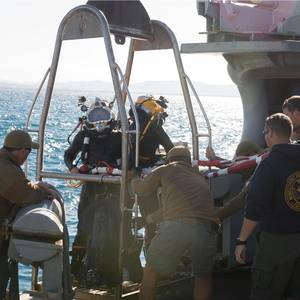 USNS Grasp, DPAA Begin Recovery Mission