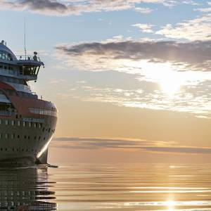 Hurtigruten Halts Cruises After Coronavirus Outbreak