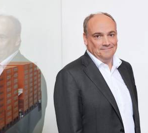 New IMO Rules Overshadow Hapag-Lloyd's Profit Outlook - CEO