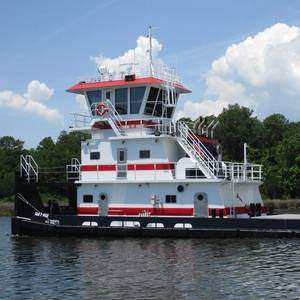 Master Marine Delivers Towboat to Waterfront Services
