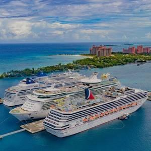 Cruise Execs, Health Experts Meet to Discuss Restart Plans