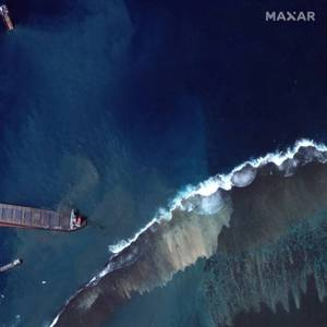 Mauritius Oil Spill Could Impact Country's Economy for Decades