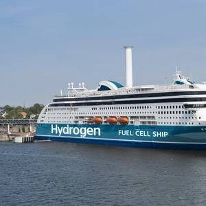 FUTURE FUELS: Could Hydrogen be the Answer to Shipping's Decarbonization Goals?