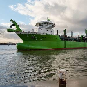 Video: LNG-powered Dredger Scheldt River Launched