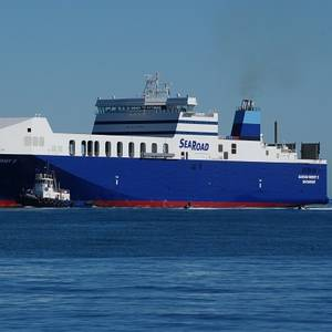 Australian LNG-fueled RO/RO Enters Service