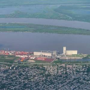Argentine Port Unions Plan Strike Over Vaccine Access