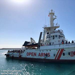 Spanish Rescue Ship Stranded off Italy