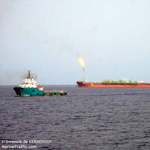 Armed Group Attacks FPSO, Kidnaps Crew in Nigeria