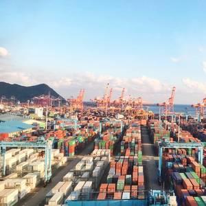 South Korea's April Exports Fall Unexpectedly